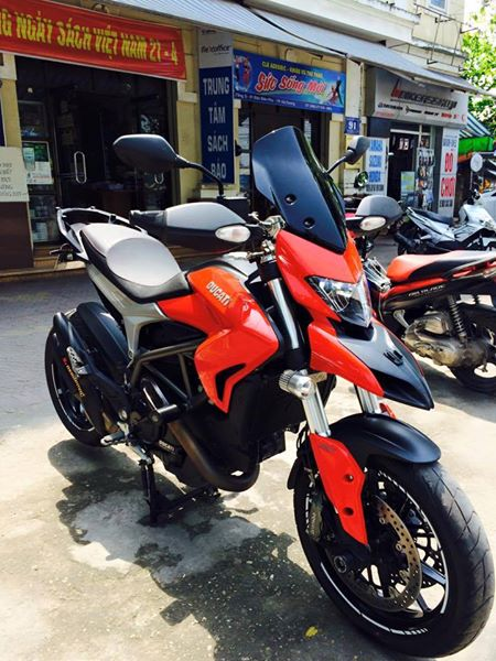 Ducati Hyperstrada 821 do nhe nhang o thu do - 2