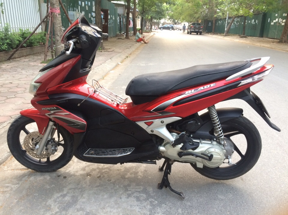 Honda Air Blade 110 mau do den bien dep 29Z23323 - 4