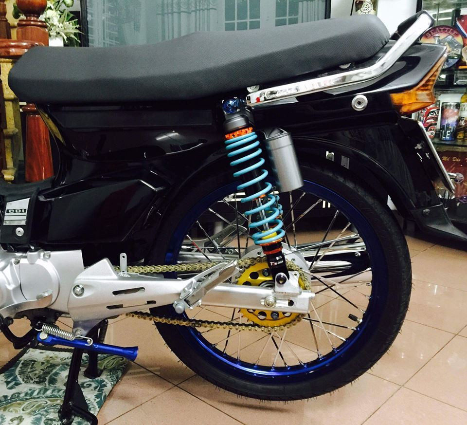 Honda Dream do nhe cung bien so ngu quy day hap dan - 4