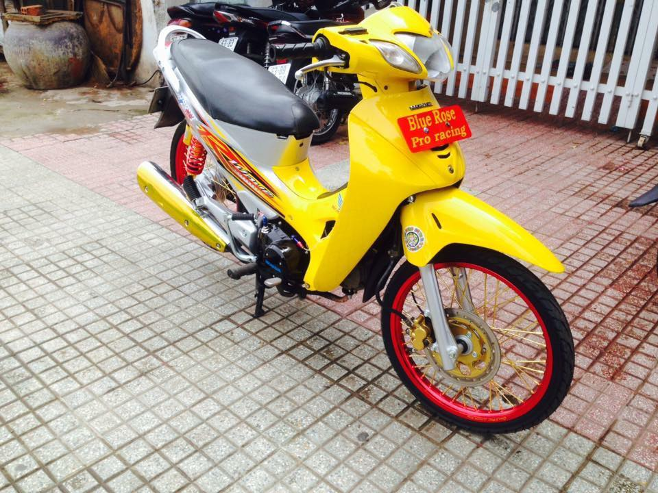 Honda Future 125 do phong cach Thai - 4