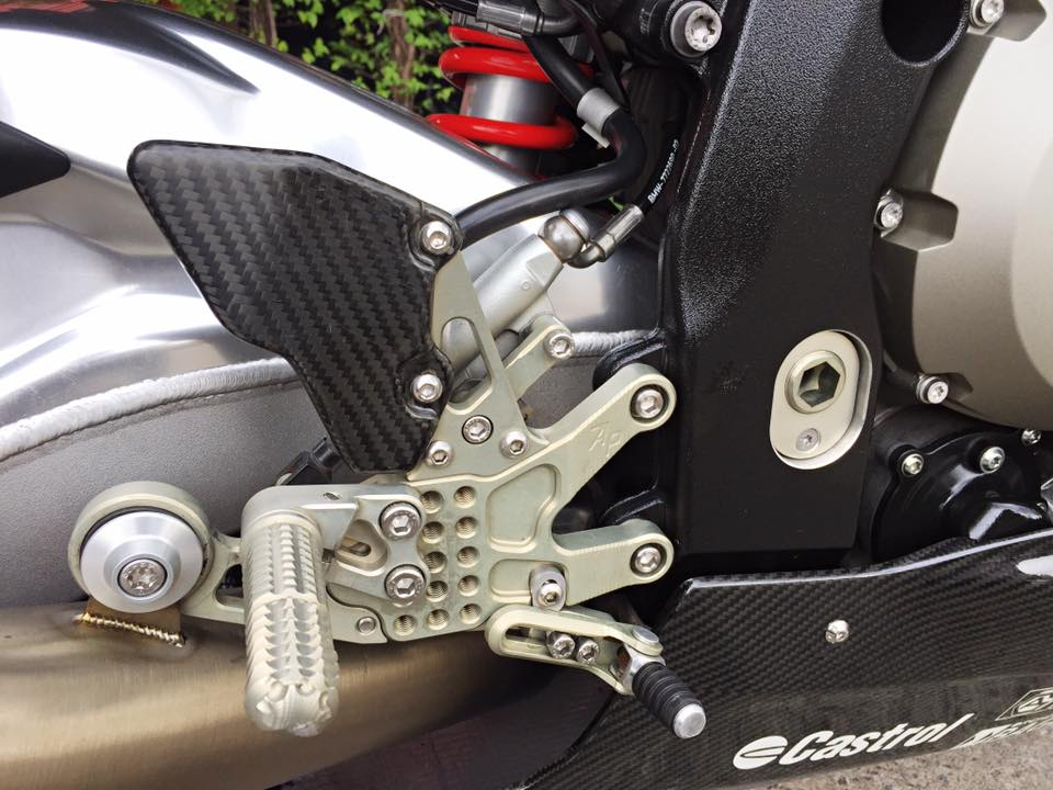 BMW S1000RR 2014 do don gian nhung day uy luc - 8