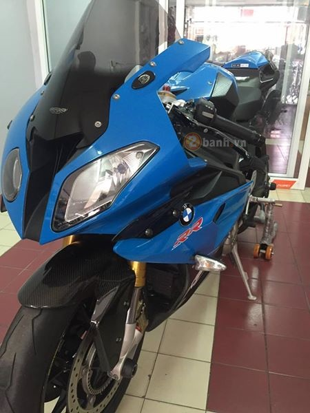Ca map bien xanh BMW S1000RR do day tinh te cua dan choi Thai - 2