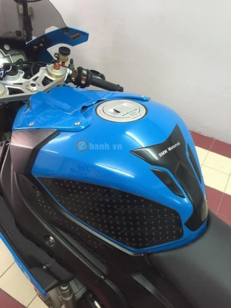 Ca map bien xanh BMW S1000RR do day tinh te cua dan choi Thai - 5