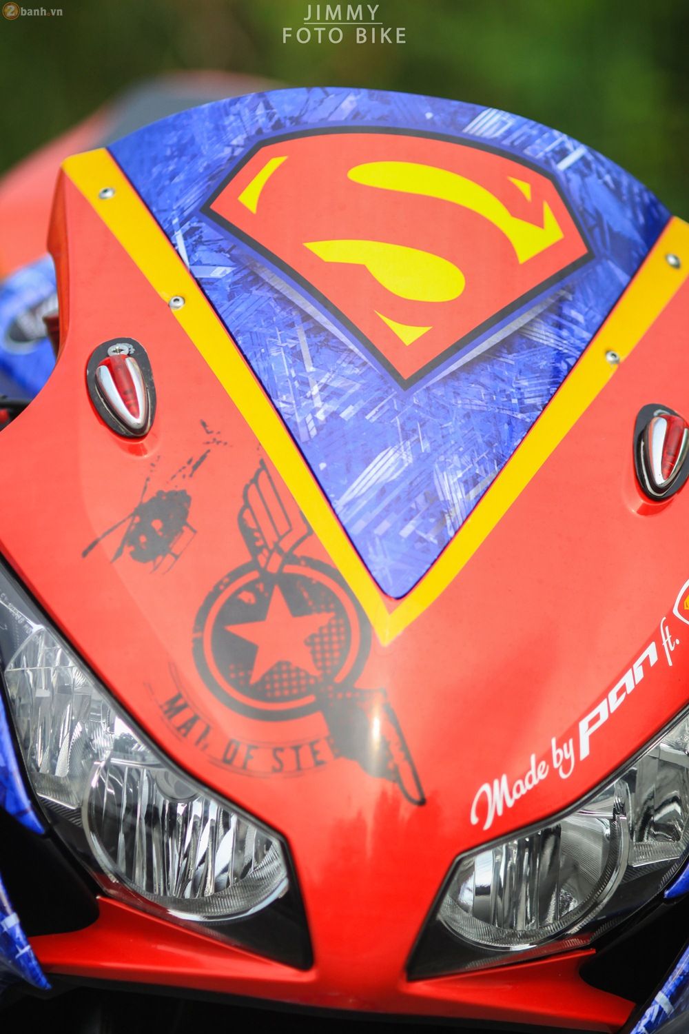 CBR1000RR phien ban Superman man of steel ca tinh tai Sai Gon - 6