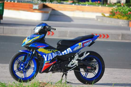 Exciter 150 day chat choi trong bo canh dam chat Yamaha Racing - 6
