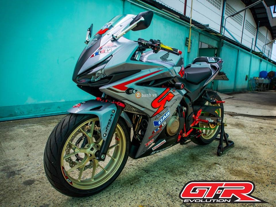 Honda CBR500R trong ban do GTR Racing Team day chat choi - 2
