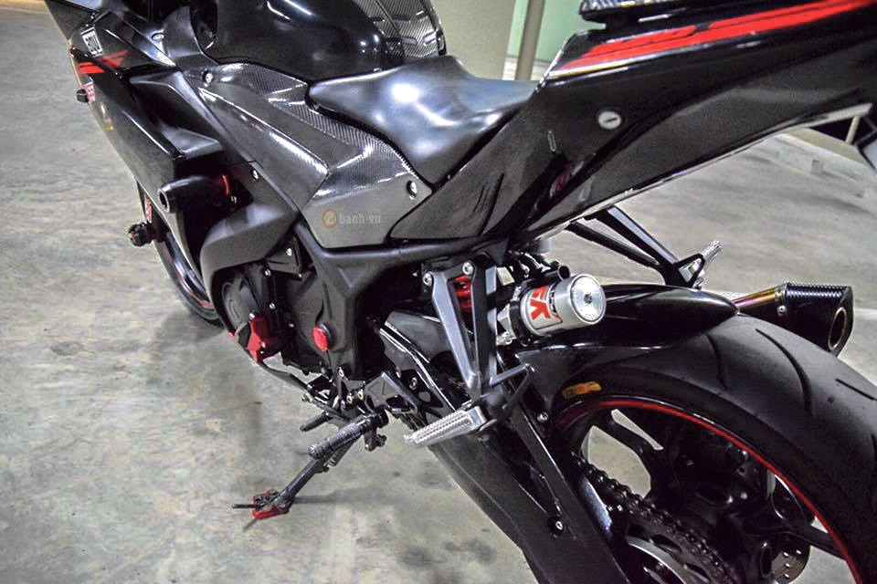 Yamaha R3 do day phong cach voi phien ban Dark Knight - 8