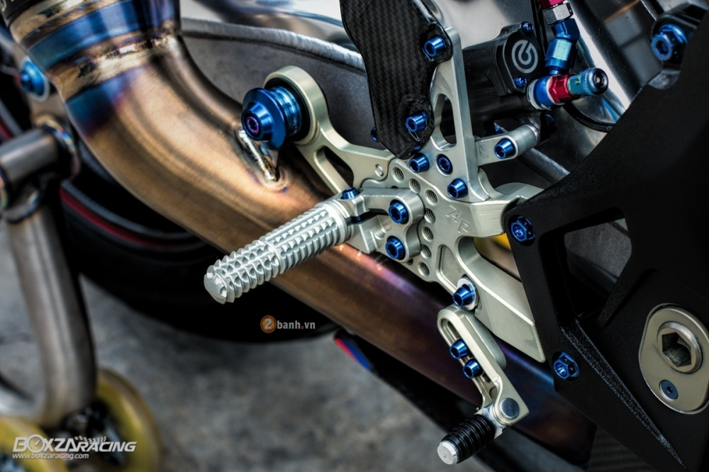 Ban do nua ty dong cho chiec BMW S1000RR 2016 - 18