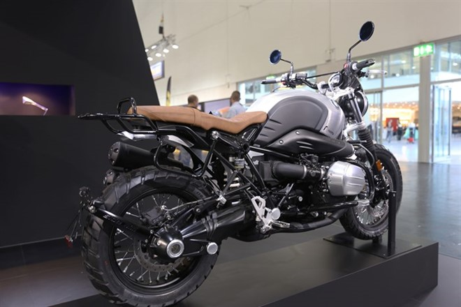 BMW R Nine T Scrambler trong ban do Rizoma Edition tai INTERMOT 2016 - 2