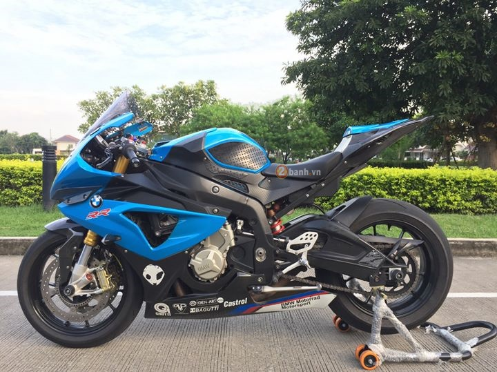Ca map xanh BMW S1000RR do don gian nhung day chat choi - 2