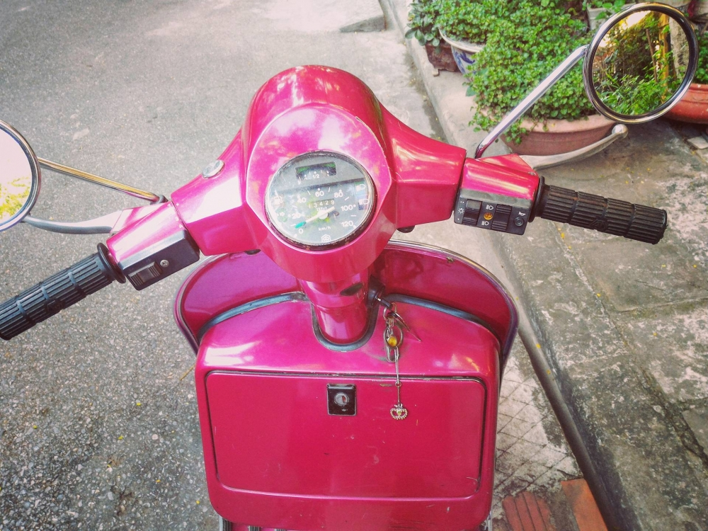Can Thanh Ly em Vespa Co - 8
