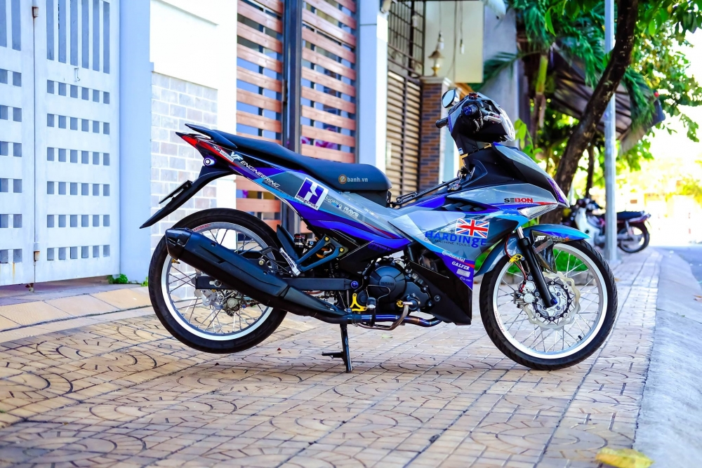 Exciter 150 day an tuong trong bo canh tem dau phong cach