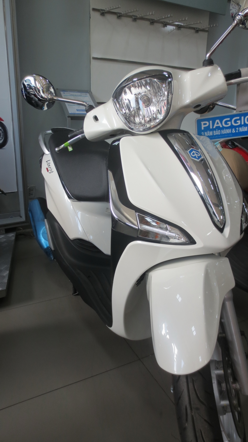 VESPA chinh hang gia tot nhat Update lien tuc - 34