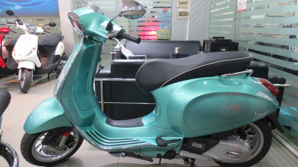 VESPA Sprint ABS chinh hang gia re nhat SG - 4