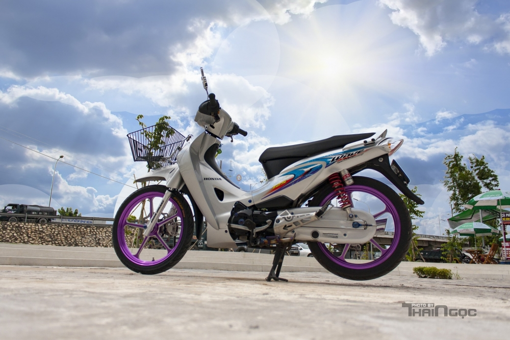Wave 125 voi dan chan tim mong mo day ca tinh - 10