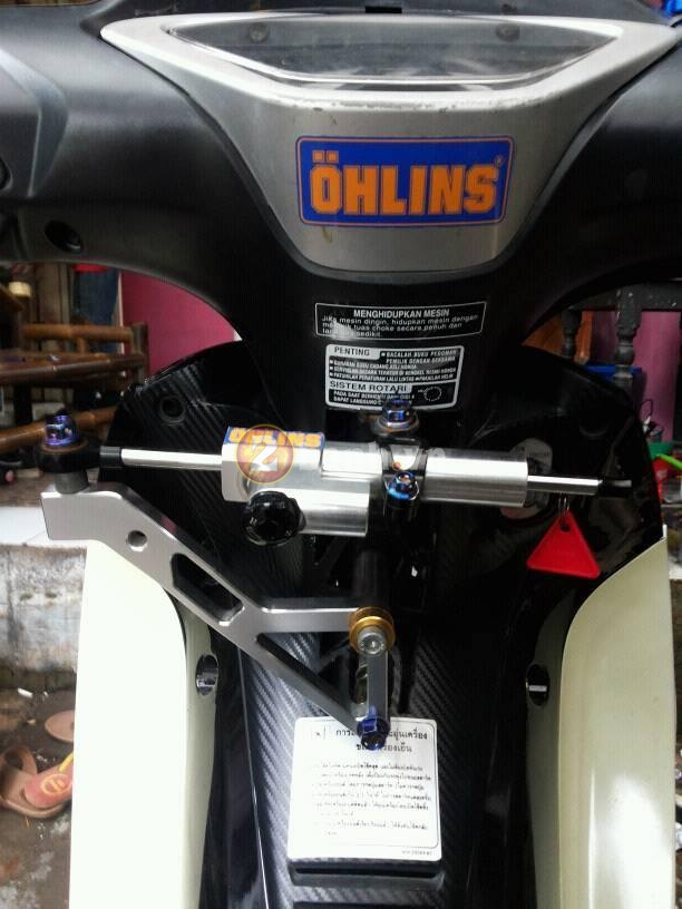 Wave 125i do mang trang suc Ohlins Brembo - 3