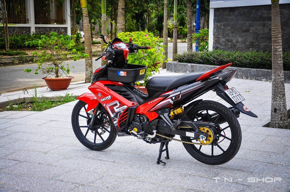 Yamaha Exciter red and black chat choi cua biker mien Tay - 8