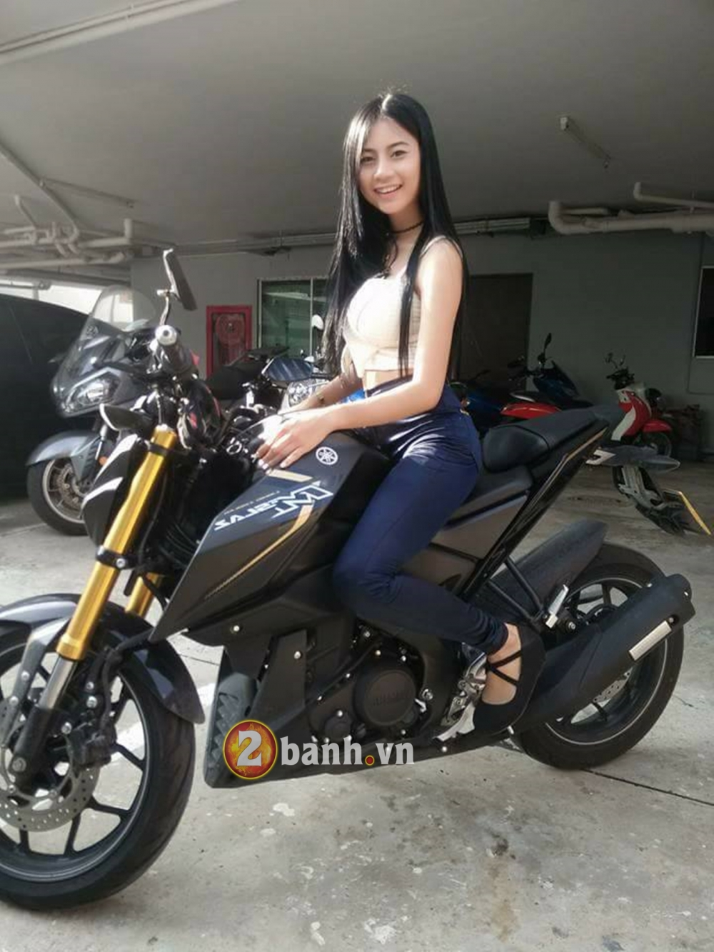 Me man cung Hot Girl Thai do dang cung Yamaha MSlaz - 4