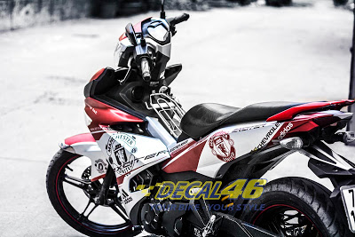 Tem trum Exciter 150 MU gay bao do Decal 46 thuc hien