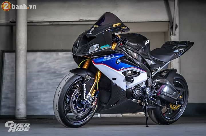 BMW S1000RR sieu chat trong ban do full carbon dat tien - 2