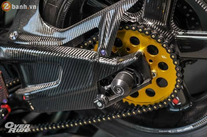 BMW S1000RR sieu chat trong ban do full carbon dat tien - 16