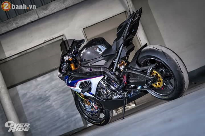 BMW S1000RR sieu chat trong ban do full carbon dat tien - 18