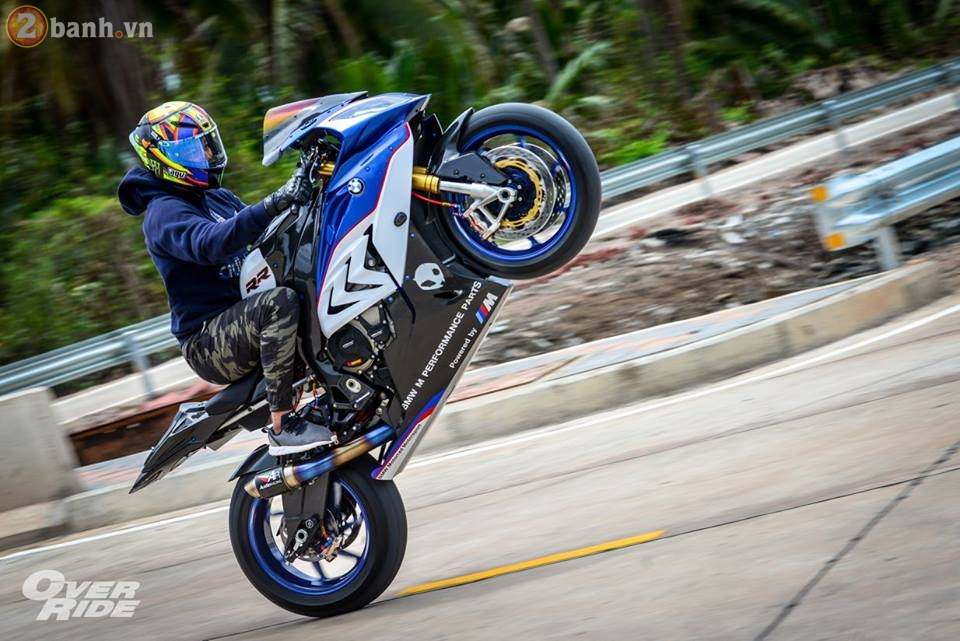 BMW S1000RR day me hoac trong ban do Sharks of brackish - 33