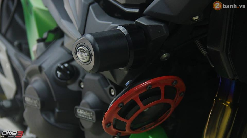Kawasaki Z800 do chat hon voi mot vai nang cap hang hieu - 12