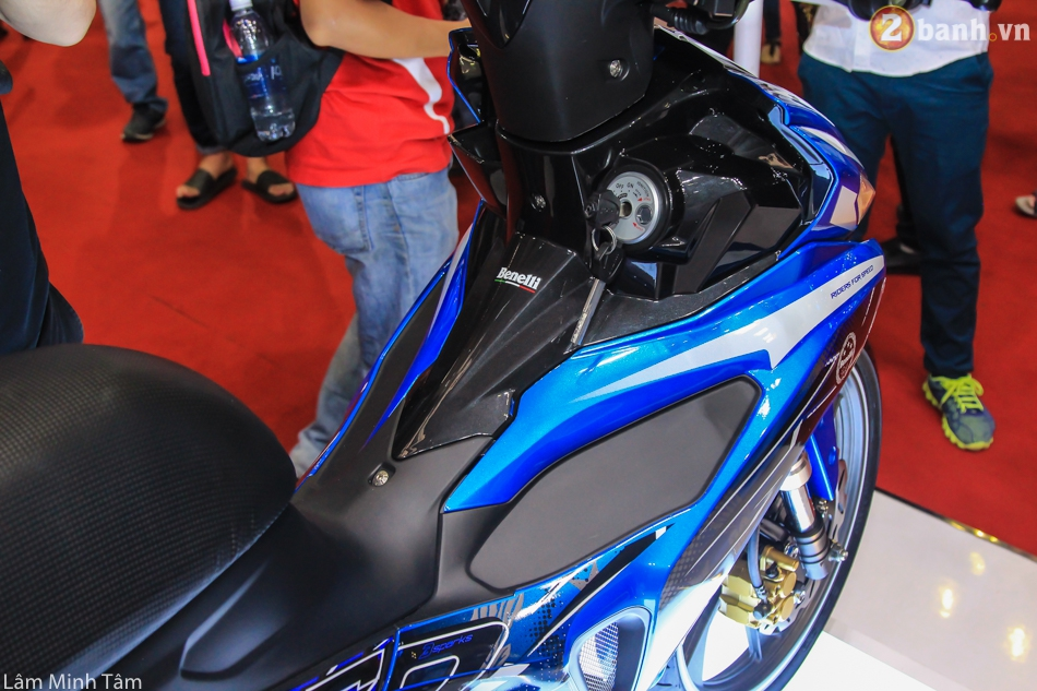 Can canh Benelli RFS 150 tai VMCS 2017 - 19