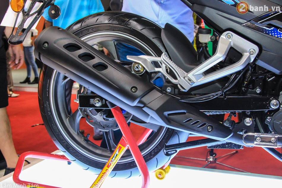 Can canh Benelli RFS 150 tai VMCS 2017 - 20