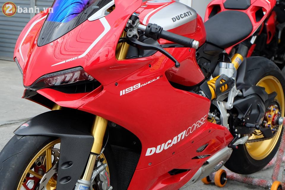 Ducati 1199 Panigale R von da dinh nay cang tuyet voi hon trong ban do cuc chat - 8