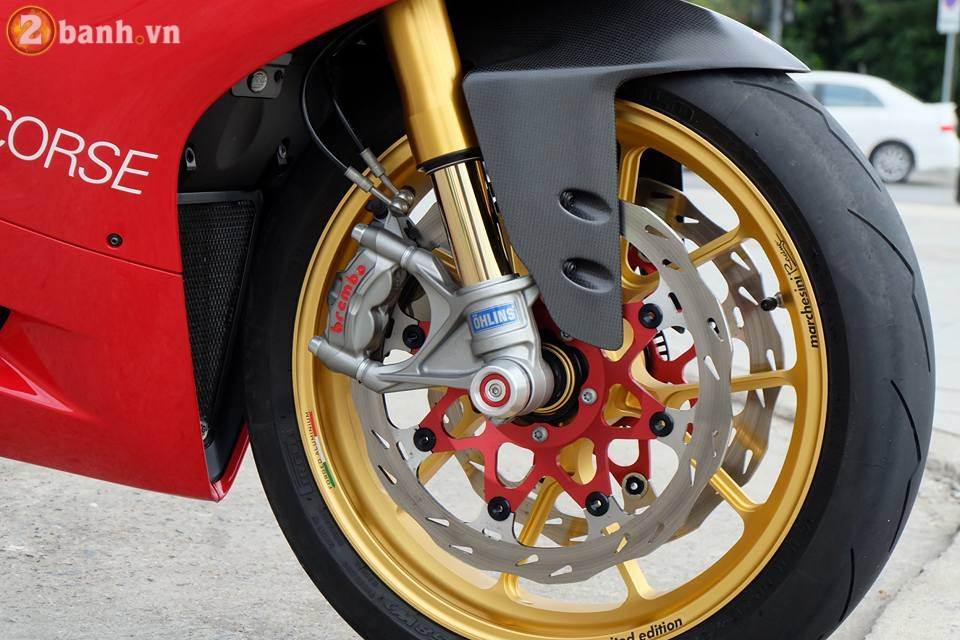 Ducati 1199 Panigale R von da dinh nay cang tuyet voi hon trong ban do cuc chat - 10
