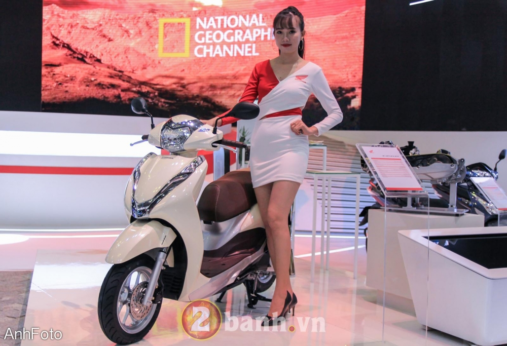 50 co gai hot nhat VietNam Motorcycle Show 2017 - 17