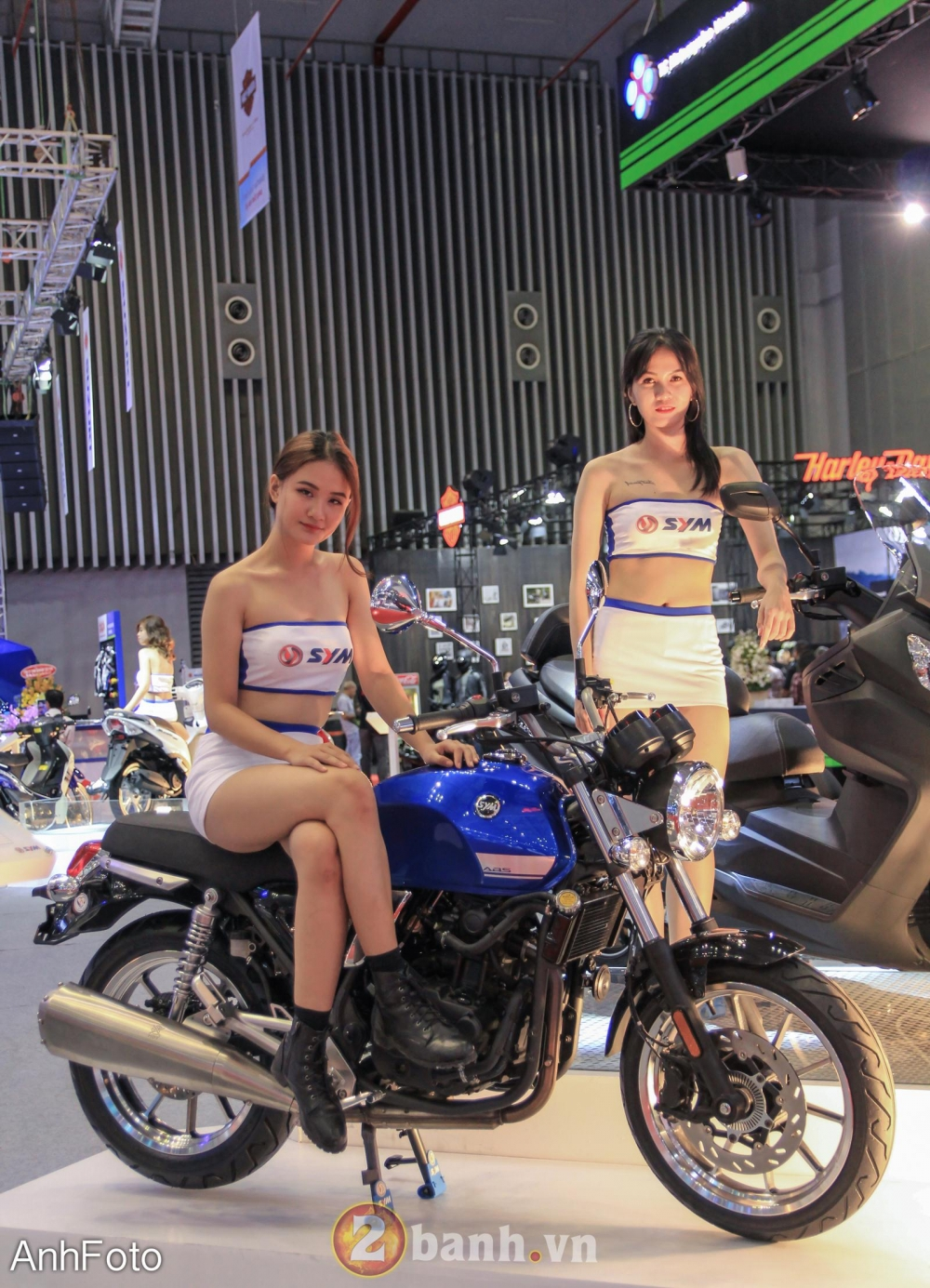 50 co gai hot nhat VietNam Motorcycle Show 2017 - 40