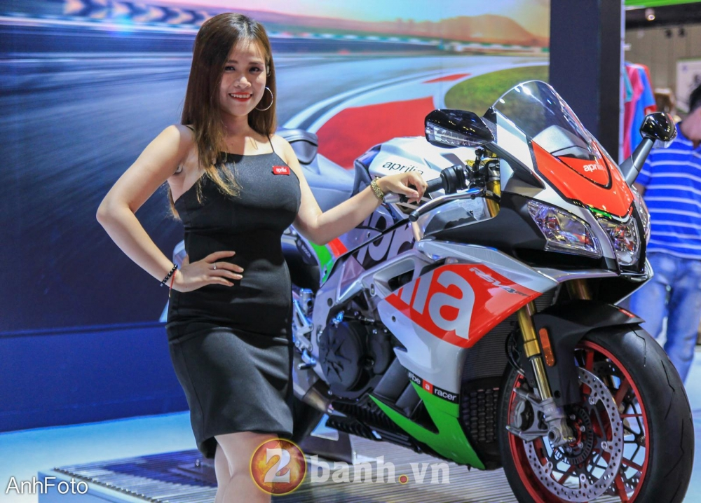 50 co gai hot nhat VietNam Motorcycle Show 2017 - 35