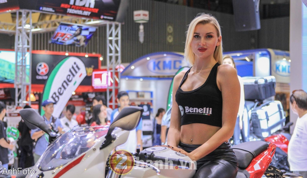 50 co gai hot nhat VietNam Motorcycle Show 2017 - 36