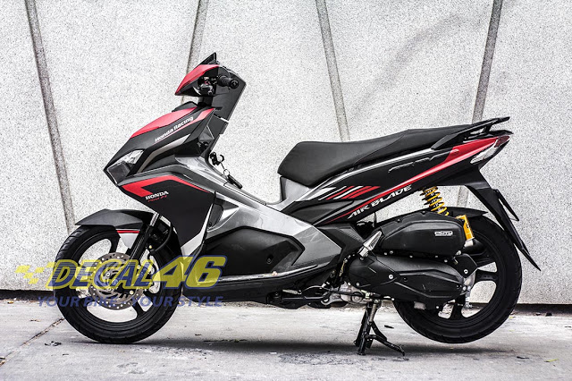 Tem xe Airblade 2016 Simple do Decal 46 thuc hien - 2