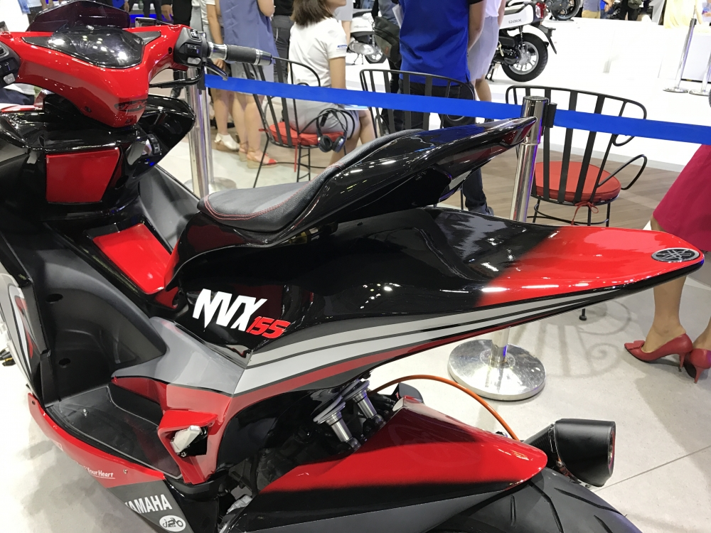 Yamaha NVX 155 do bien hinh tu Phillippines ve trung bay o motorshow - 8