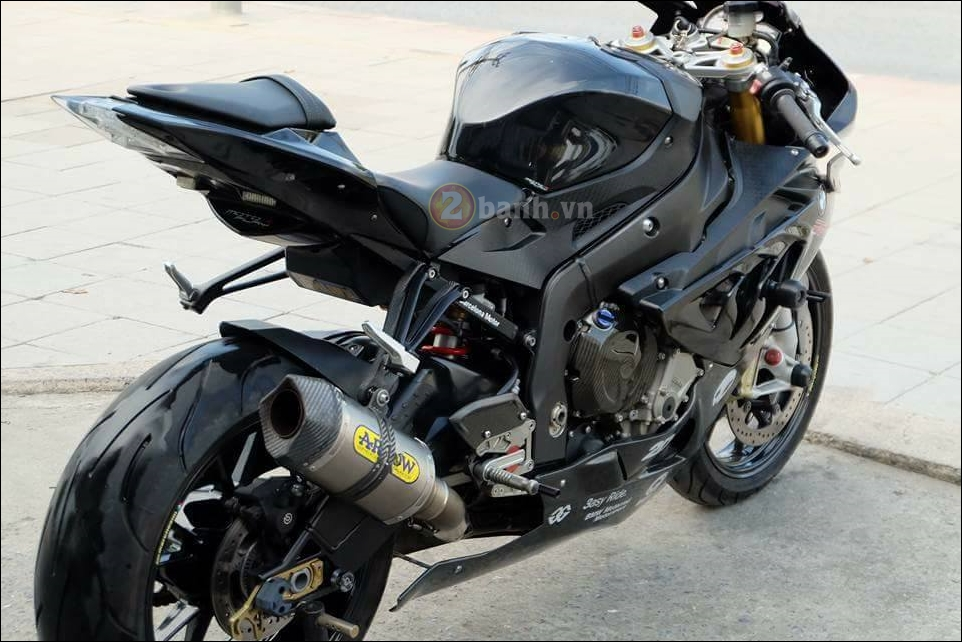 BMW S1000RR cang det cung phien ban Full black Limited - 8