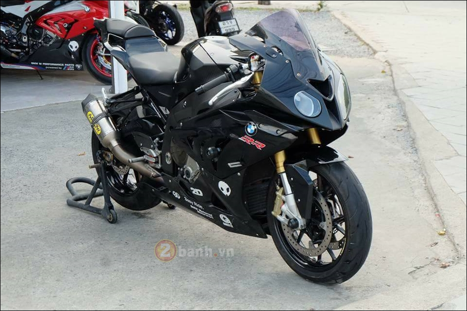 BMW S1000RR cang det cung phien ban Full black Limited - 10