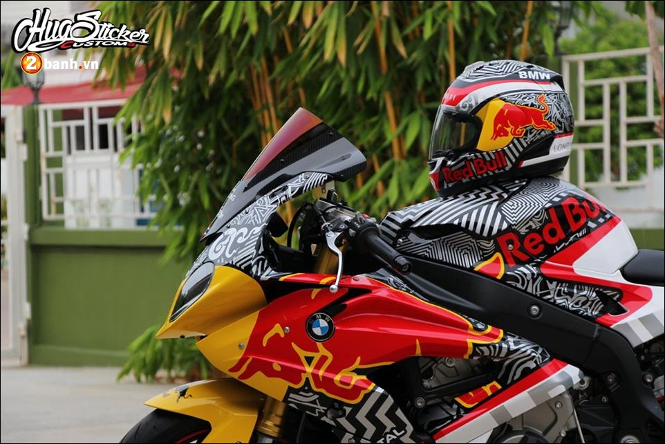 BMW S1000RR sieu pham mo to do phong thai Redbull - 8