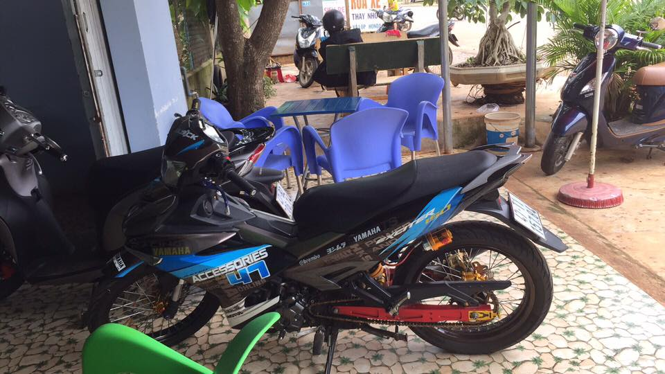 Exciter 150 do day noi bat voi dan banh cam nhe nhang nhung lai day cung cap - 5