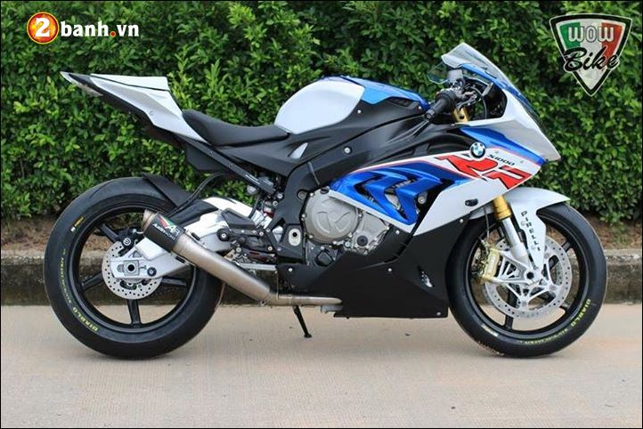 BMW S1000RR ban do bien chat voi dan chan sieu nhe BST Carbon - 3