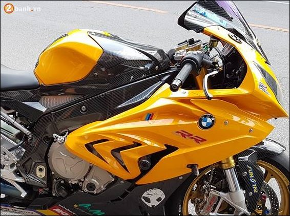 BMW S1000RR ban do dam chat choi cung Version Yellow racing Sport