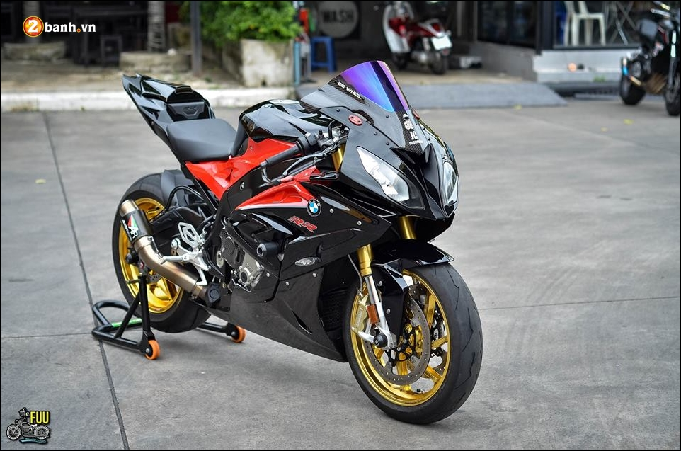 BMW S1000RR do Ca map ngo ngao tren dat nuoc Chua Vang - 10