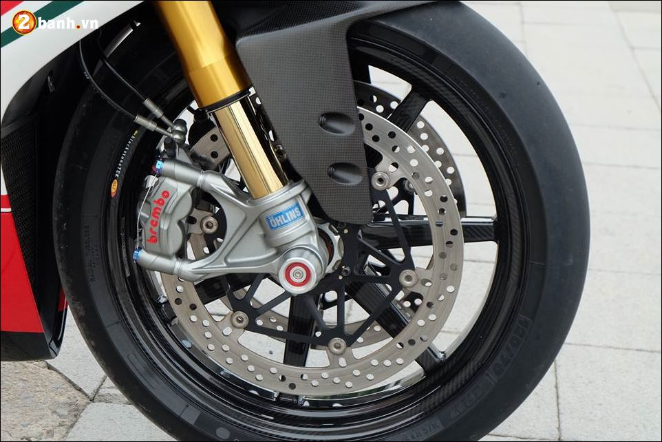 Ducati 1199 Panigale Superbike cong nghe mang danh hieu Born to Race - 4