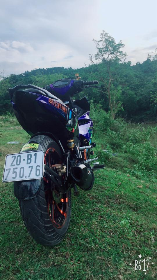 Exciter 150 do day noi bat trong bo canh 7 mau kha the thao - 5