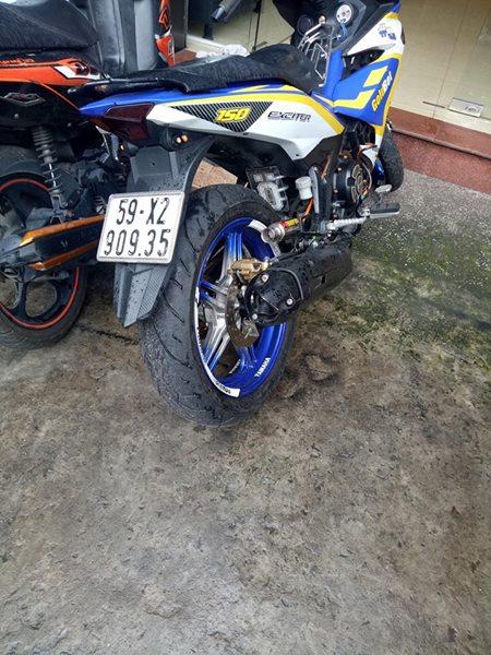 Exciter 150 do nhe nhang voi phong cach tem dau day an tuong - 7