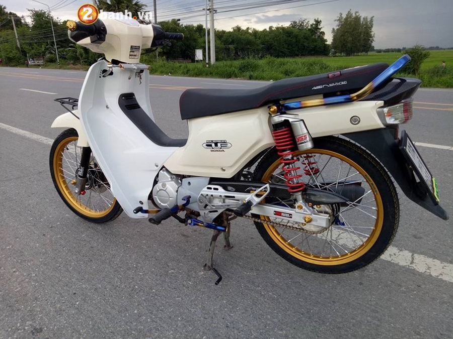 Honda Cub Fi do nho gon voi khoi do hoang toc - 6