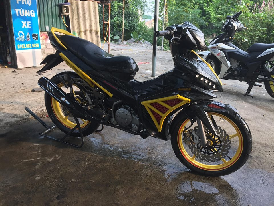 Exciter 135 do an tuong voi phong cach quai vat Ducati - 3